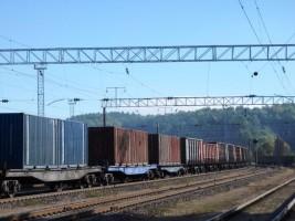 konteineriai-traukinys